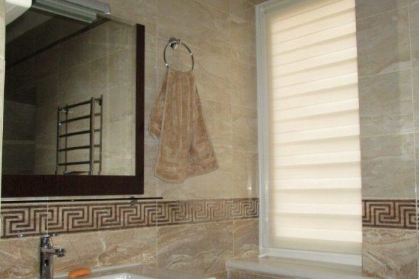 Bathroom-Shades