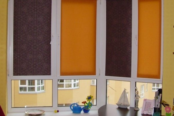 Colored-Roller-Blinds