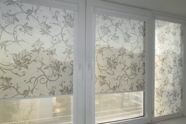 Custom-Pattern-Roller-Shades