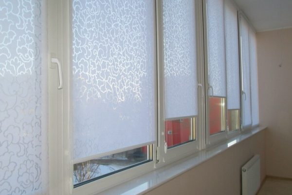 Day-Roller-blinds