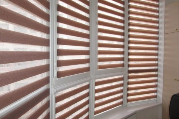 Panarama-Balcony-Blinds