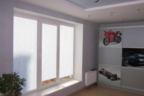 Remote-controled-Roller-Blinds