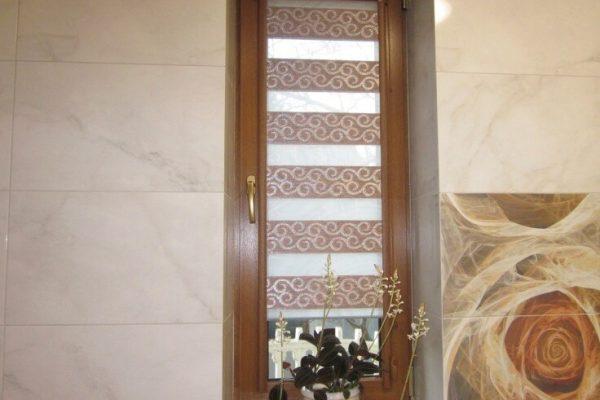 Thin-window-zebra-shade